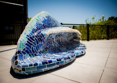 Wave Bench photo by Israel Valencia